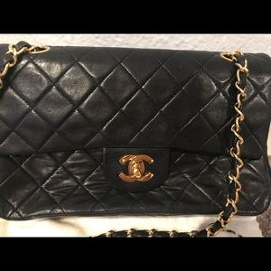 CHANEL Bags - SOLD Chanel Classic Quilted CC Black Bag